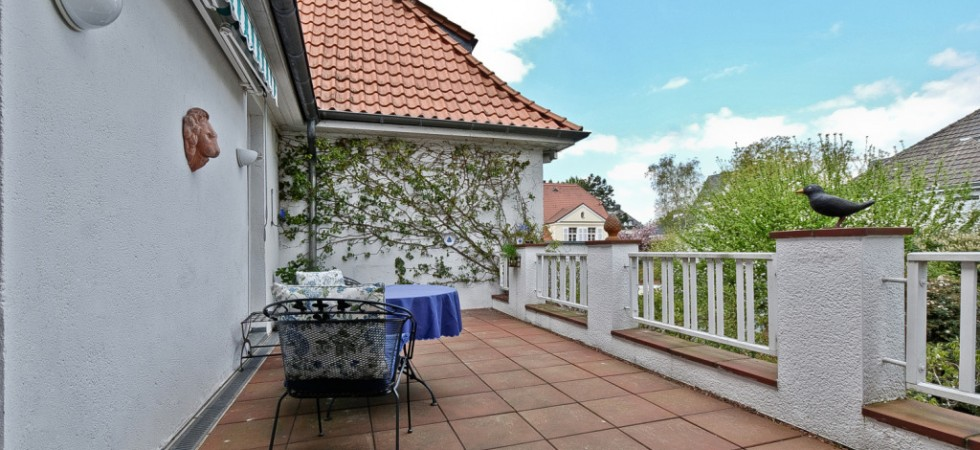immobilien kaufen k ln villa im auenviertel euroconcept immobilien. Black Bedroom Furniture Sets. Home Design Ideas