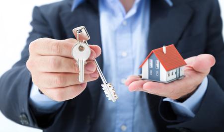 Immobilienmakler bei Kauf oder Miete